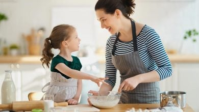 Mother and child cooking - 10 positive parenting affirmations